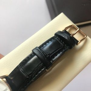 Daniel Wellington Accessories - Like New Daniel Wellington Dapper 34mm watch